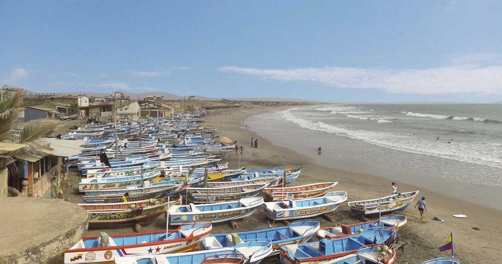 La comunidad de pescadores en las playas de puerto Engabao