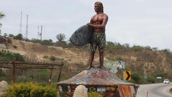 Monumento al Surfista fue inaugurado en 2013