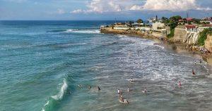 Playa de Ballenita en Santa Elena
