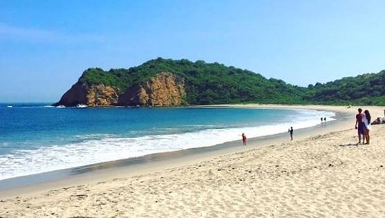 Zona Recreatica Playa Los Frailes