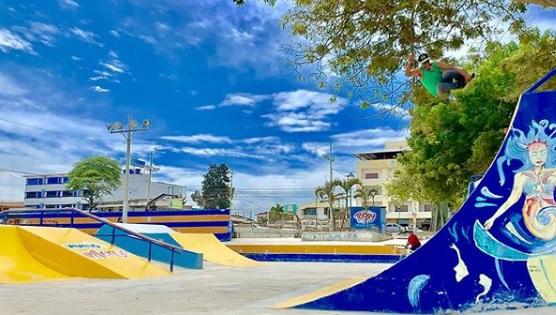 Zona de diversión y fiesta en Playas Villamil